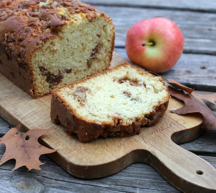 Apple swirl bread