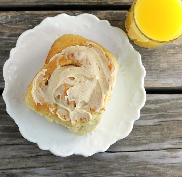 Apple Oatmeal Sweet Rolls