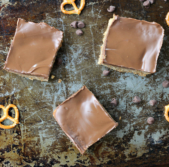 Pretzel Bars with Peanut Butter Chocolate Frosting