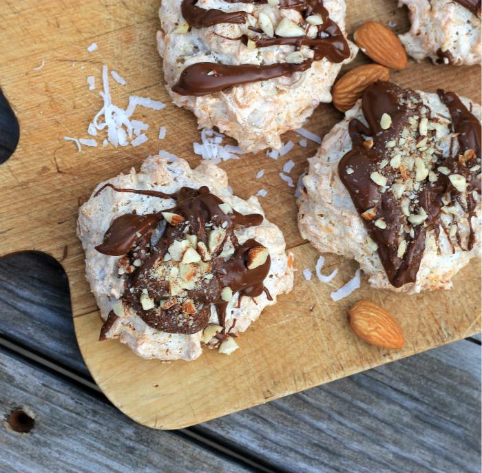 Coconut almond macaroons