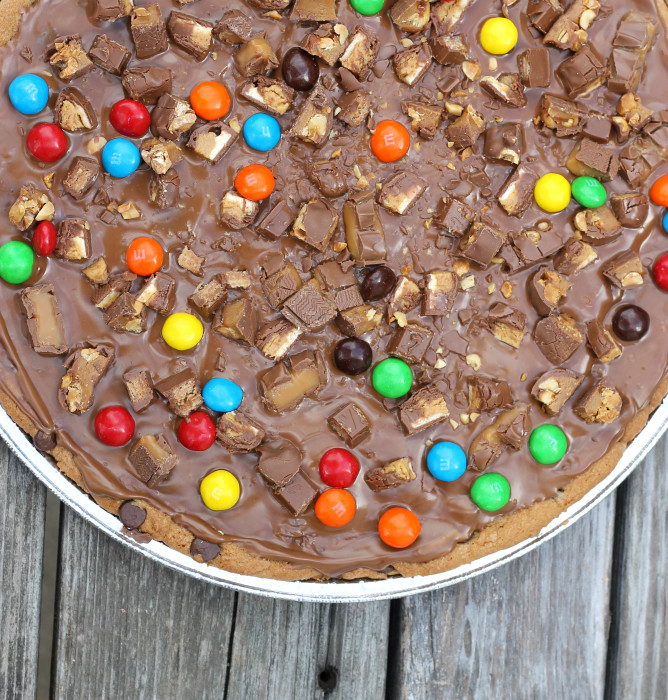 Candy topped Cookie pizza