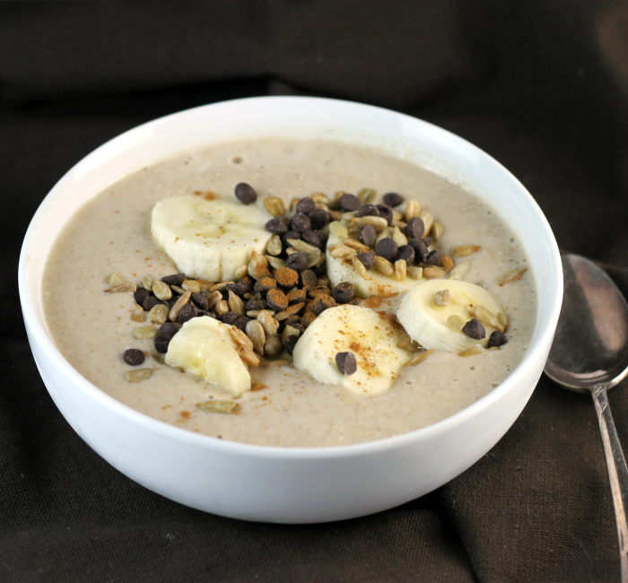 Banana Oatmeal Smoothie Bow