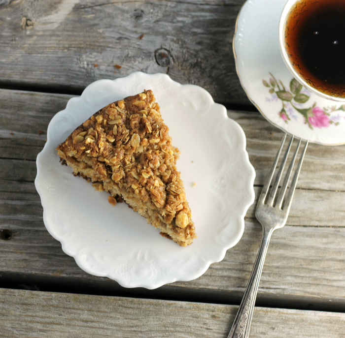 Oatmeal Coffee Cake with Spiced Crumble Topping