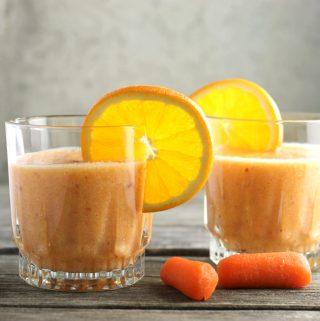 Carrot Orange Apple Banana Ginger Smoothie
