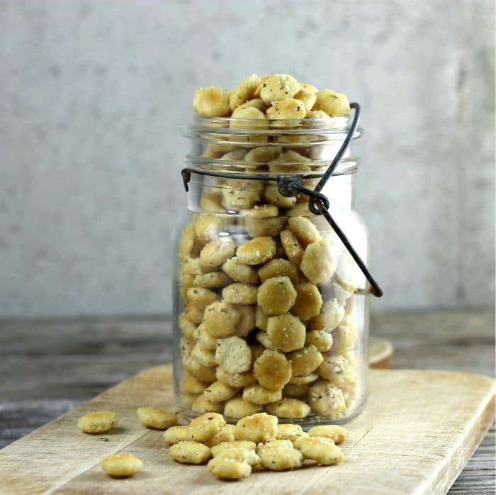 Italian Parmesan Oyster Crackers