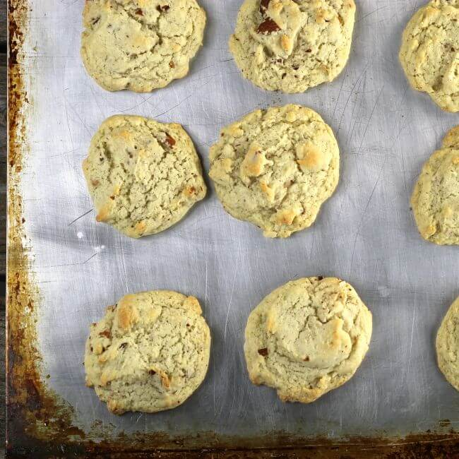 Baked cookies on a baking sheet.